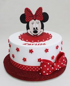 Minnie Mouse Party More decorating ideas on albums: Minnie Mouse Party 1 Bolo Do Mickey Mouse, Mickey And Minnie Cake, Minnie Mouse Theme Party, Bolo Minnie, Red Minnie Mouse, Mickey Cakes, Mini Mouse Birthday Cake, Mini Mouse Cake, Baby Birthday Cakes