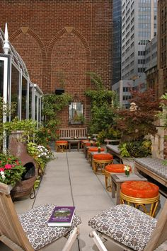 The Poetry Garden Terrace at the Library Hotel New York, a thought provoking experience on fashionable Madison Avenue. A member of the Library Hotel Collection