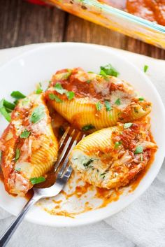 5 Cheese Stuffed Shells Recipe is an easy pasta recipe perfect for family…