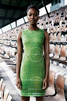 soccer field dress! Akris Spring Summer 2014: Nyasha Matonhodze