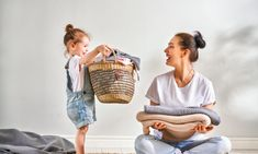 How to Get Kids to Do Their Chores - Smarter Parenting Chore Chart Template, Daphne Oz, Family Chore Charts, Custom Flags, Household Chores, Kaizen, How To Clean Carpet, Little Sisters, Washing Clothes