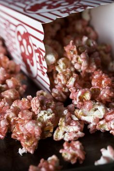 Strawberries & Cream Popcorn (valentines sweets puppy chow)