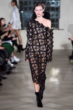 David Koma Fall 2019 Ready-to-Wear Collection - Vogue