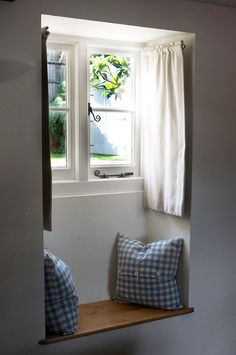 Kitchen Window Seat Curtains Spaces 65 New Ideas Small Windows, Blinds For Windows, Windows And Doors, Cottage Curtains, Cottage Windows, Bedroom Curtains, Window Seat Curtains, Small Curtains, Window Blinds
