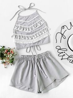 Shop Contrast Tassel Trim Halter Top With Shorts online. SheIn offers Contrast Tassel Trim Halter Top With Shorts & more to fit your fashionable needs. Girls Fashion Clothes, Teen Fashion Outfits, Outfits For Teens, Trendy Outfits, Girl Fashion, Fashionable Outfits, Cute Summer Outfits, Fall Outfits, Cute Outfits
