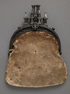 Castle Framed Purse, circa 15th or 16th century