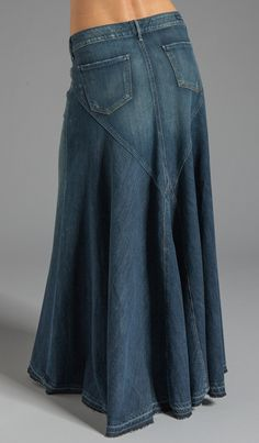 Citizens of Humanity Jeans Anja Maxi Skirt en Dizzy Diy Jeans, Sewing Jeans, Denim Skirt Outfits, Denim Skirts, Diy Vetement, Modest Skirts, Girl Skirts, Vetement Fashion, Denim Ideas