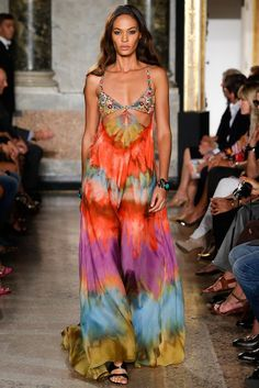 Emilio Pucci Spring 2015 Ready-to-Wear . 1970's inspired high fashion at Milan fashion week, Joan Smalls in flowy printed summer dress