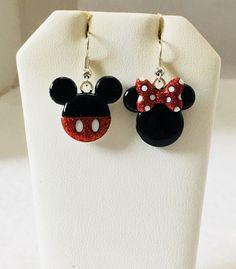 Disney's Mickey Mouse &  Minnie Mouse Glittery  Earrings    eBay Mini Mouse, Disney Jewelry, Disney Mickey Mouse, Bling Bling, Pasta, Glitter, Smile, Drop Earrings, Google