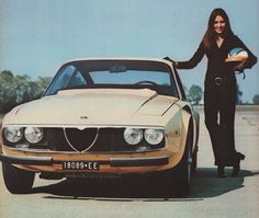 Femmes au Volant. Alfa Romeo.