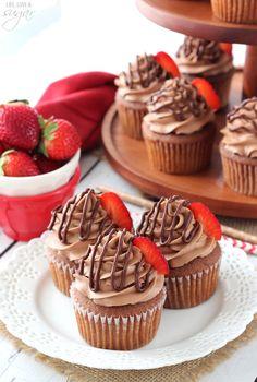 Nutella Cupcakes - feucht Nutella kleine Kuchen mit Zuckerguss Nutella!