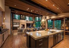 The Difference Between Modern Interiors And Traditional Interior Home Design Modern Lodge, Modern Mountain Home, Mountain Homes, Modern House Design, Modern Interior Design, Cabin Homes, Home Decor Kitchen, Kitchen Design, Apartment Kitchen