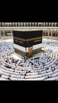 Hoşgeldin Haziran sağlıkla, mutlulukla, şansla, bol duayla sevapla gel 🕋🙏🏼 Ettiğiniz tüm dualar kabul olsun. Umre turları ve hac ziyaretleri  için bize sosyal medya alanlarından ulaşabilir ya da ayrıntılı bilgi için www.umredefark.com web sitesine göz atabilirsiniz #umredefark #umre #medinah #mecca #mekke #medine #allah #pray #dua #kaaba #kabe #turizm #tourist #tour #sahinogluturizm #sahinoglu #sahinoglugroup #follow #like #love #happy #best #me #followme