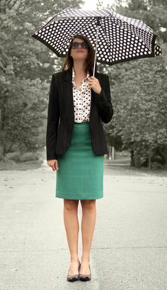 Fashion Blog, Personal Style Blog, Style Blog, Outfit Blog, @whatiwore, What I Wore, Jessica Quirk, Polka Dots, Polka Dot Umbrella, How to wear polka dots, Business attire, Indiana University Collage of Arts and Sciences Young Alumni Guest Lecturer