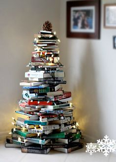 alternative christmas tree: books