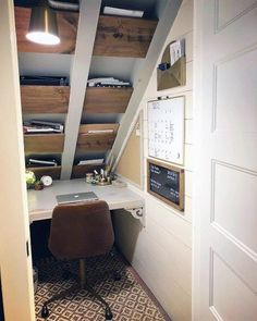 Ideas For Small Closet Office Space Under Stairs Home Office Closet, Tiny Office, Small Space Office, Office Nook, Home Office Space, Home Office Design, Home Design, Word Office, Design Ideas