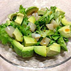 サラダ油は万病の元! DE-OILブログをご覧下さい。 http://deoil.blog.fc2.com/ - 6件のもぐもぐ - ホタテ.アボカド.フリルレタス by deoil518