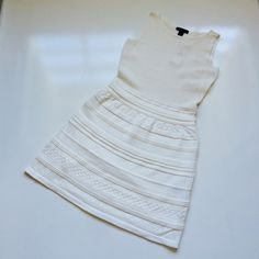 RALPH LAUEN DRESS New with tag .70% cotton 30% nylon. I have a little bit of room for negotiation. Ralph Lauren Dresses