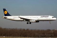 Lufthansa A321 (D-AIDT)