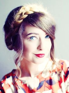 We've gathered our favorite ideas for Zoella Milkmaid Braid, Explore our list of popular images of Zoella Milkmaid Braid in milkmaid braids hair. Zoella Hair, Zoella Beauty, Hair Beauty, Beauty Uk, 2015 Hairstyles, Cute Hairstyles, Braided Hairstyles, Zoe Sugg, Marcus Butler