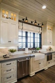 Corner Cabinetry - CLICK PIC for Lots of Kitchen Ideas. #kitchencabinets #kitchenorganization
