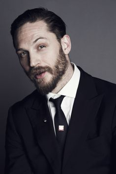 Tom Hardy...Ii probably have the most pictures of you on my pinterest board..but i really feel like i dont have enough of you..