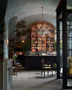 The French restaurant, designed by Roman and Williams and helmed by chef Daniel Rose, opens on Monday.