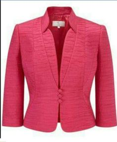 Love the seam detail! Petite Outfits, Mode Outfits, Office Outfits, African Wear, African Fashion, Suits For Women, Jackets For Women, Jacket Pattern, Work Wardrobe