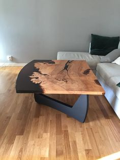 Woodworking As A Hobby, Woodworking Projects Diy, Lost My Job, Backyard Bar, Coffe Table, Epoxy, Clock, Trees, Furniture