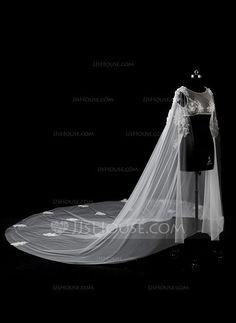 [US$ 67.99] Lace Tulle Wedding Wrap (013115747)
