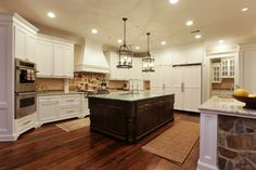 Memorial Hamptons Style traditional kitchen