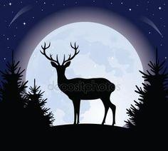 Силуэт на оленей, стоящий на холме. Полная Луна на фоне