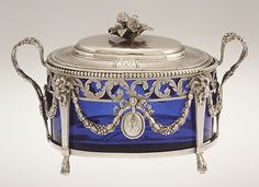 Sugar bowl with cover Antoine Bouiller (master 1775, active 1806) Date: 1779–80