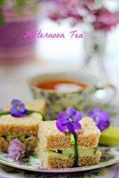 Aiken House & Gardens: Tea & Cucumber sandwiches