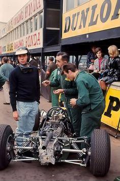 Gold Cup 1965. Jim Clark , Lotus 35