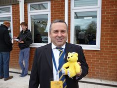 Ivor Heller, Commercial Director for AFC Wimbledon Football Club, supports the Paul Strank Roofing Photothon with Pudsey #pudseyphotothon #cin #pudsey