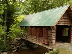 While in NC: Cover Bridge Boone, North Carolina Places To Travel, Places To Go, Old Bridges, North Carolina Homes, Boone North Carolina, Carolina Usa, Nc Mountains, Appalachian Mountains, Old Barns
