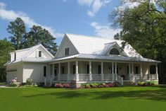 Houseplans.com Country / Farmhouse Front Elevation Plan #137-252   Simple Farmhouse that Im really digging today. Craftsman House Plans, Porch House Plans, House With Porch, House Plans One Story, Bedroom House Plans, Cottage House Plans, Story House, Cottage Homes, Cottage Style