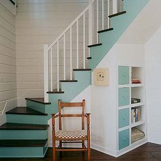 Moriches Bay Cottage - Stairs