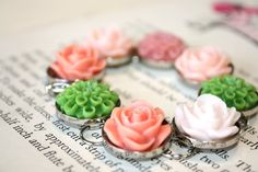 Gorgeous Vintage flower bracelet, by The Paisley Moon on Etsy