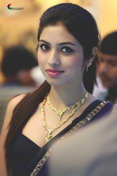 15 Ideas art girl hot eyes for 2019 Beautiful Girl Wallpaper, Beautiful Girl Photo, Beautiful Girl Indian, Most Beautiful Indian Actress, Beautiful Saree, Beautiful Women, Beauty Full Girl, Cute Beauty, Beauty Women