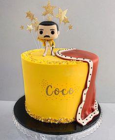 Deli Food, Moon Cake, Sugar Art, Dobby, Freddie Mercury, Cakes And More, Amazing Cakes, Birthdays, Birthday Cakes