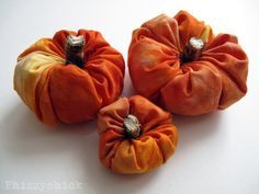 Here's a great little pumpkin patch tutorial by Phizzychick on Craftster!