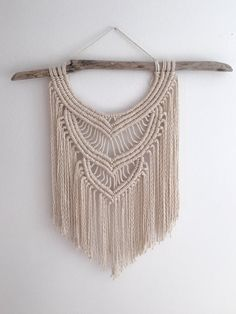 Etsy の Macramé Wall Hanging by CageandCall