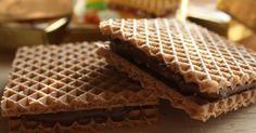 Hanuta-a perfect German confection. Hazelnut and chocolate cream sandwiched between two wafers. Hungarian Recipes, Hungarian Food, Chocolate Cream, Sandwiches, Favorite Recipes, Restaurant, Bread, Meals, Sweet