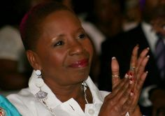 Celebrity News: Iyanla Vanzant says 'we've lost our sense of community in the black family' ~ Sanctified Church Revolution
