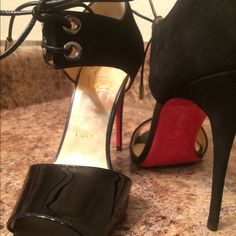"""AUTHENTIC CL HEELS comes in org shoe box with dust bags & everything. NO TRADES!NOPP! size 7 4"""" heel black patent leather on peep toe black suede on top part with tie. Gorgeous red bottoms perfect for any Occasion ❤️❤️❤️ good condition. Will negotiate with bundles  Christian Louboutin Shoes Heels"""