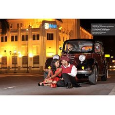 Tanusha+Dashant #Couple from #Malaysia #Night #Photoshoot #Prewedding #Engagement with #Vintage #Car at #Yogyakarta #Indonesia by Poetrafoto, http://prewedding.poetrafoto.com/pre-wedding-engagement-photographer-jogja-for-dashant-tanusha-photo_408