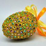 Яйца декорированные макаронами