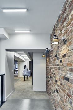 tiles Wall Our reclaimed barnstock brick tiles used at Wilmslow Park student accomodation in Manchester Brick Effect Tiles, Brick Tile Wall, Wall Tiles, Fireplace Feature Wall, Brick Feature Wall, Feature Walls, Brick Slips Kitchen, Fresco, Barn Kitchen